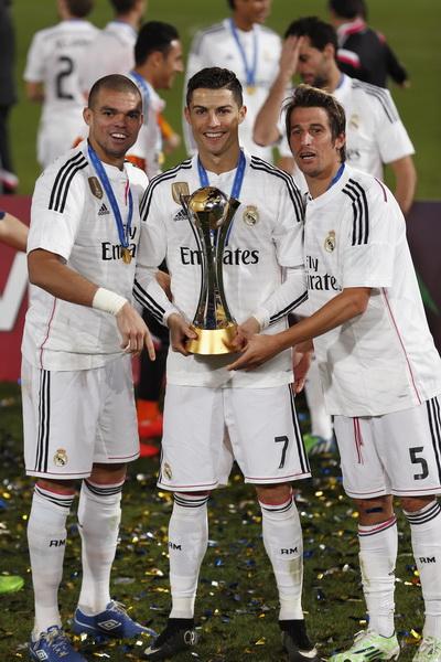 Ronaldo đắt giá hơn với những danh hiệu mà anh gặt hái được với các đội bóng hàng đầu