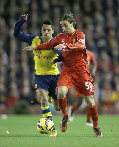 Alexis Sanchez thi đấu ấn tượng trước Liverpool