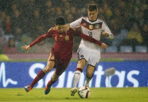 Toni Kroos ghi bàn duy nhất cho đội tuyển Đức