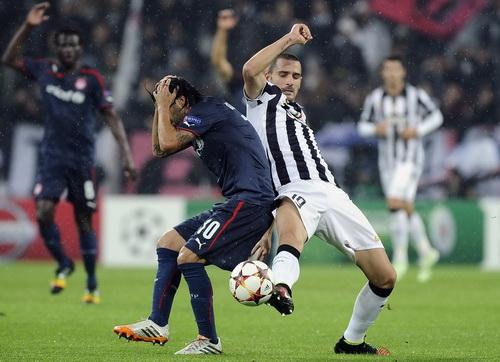 Trận đấu trên sân Juventus Arena căng thẳng từ đầu đến cuối