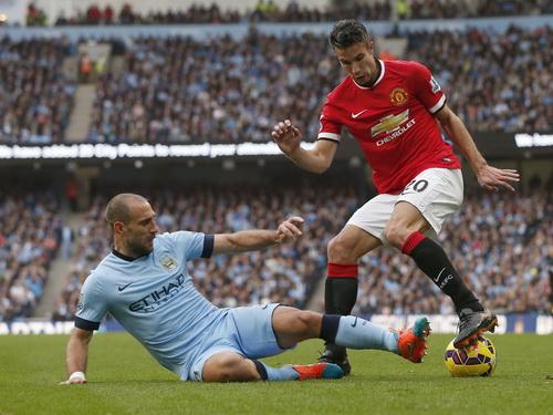 Van Persie phong độ chập chờn, không đủ sức xốc dậy Man United