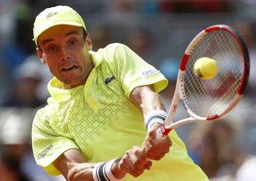 Bautista Agut thi đấu kiên cường trước Nadal