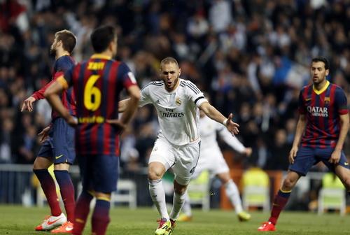 Benzema tỏa sáng với cú đúp trong vòng 4 phút