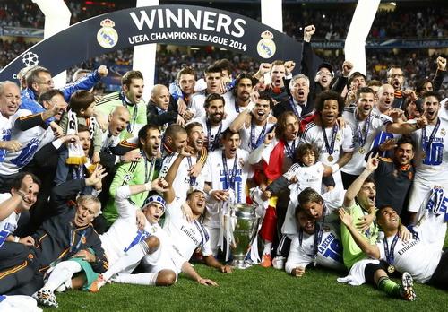 Cú Decima lịch sử của Real Madrid