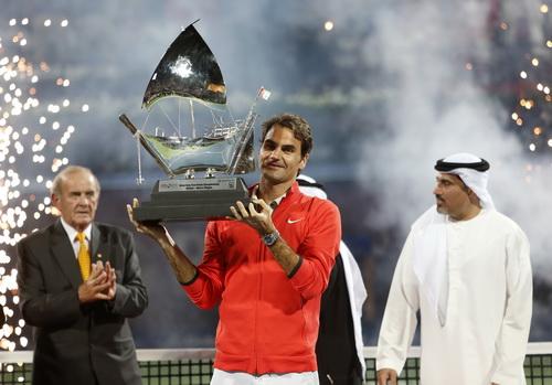 Lên ngôi vô địch lần 6 ở Dubai