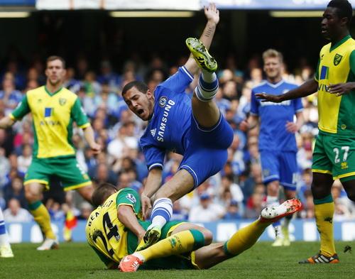 Eden Hazard là cầu thủ xuất sắc nhất Chelsea mùa bóng vừa qua