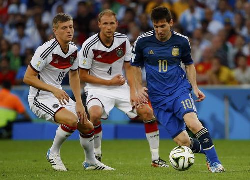 Messi một mình kéo cả đoàn tàu Argentina nhưng không phải xuất sắc nhất World Cup 2014