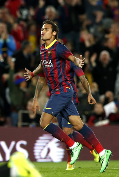 Neymar phấn khích sau bàn thắng thứ 6 cho Barcelona