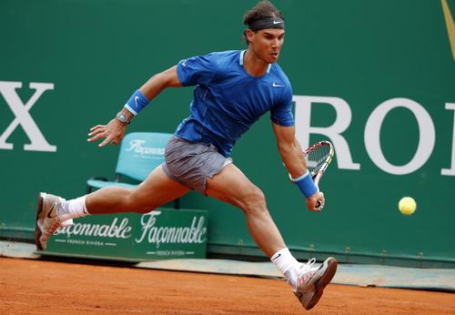 Nadal nhập cuộc chậm, gặp nhiều khó khăn khi đối đầu cùng Gabashvili