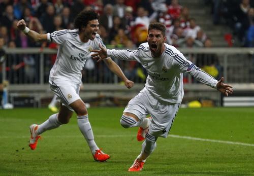 Sergio Ramos hai lần lập công, đẩy Bayern vào thế khó chỉ sau 24 phút