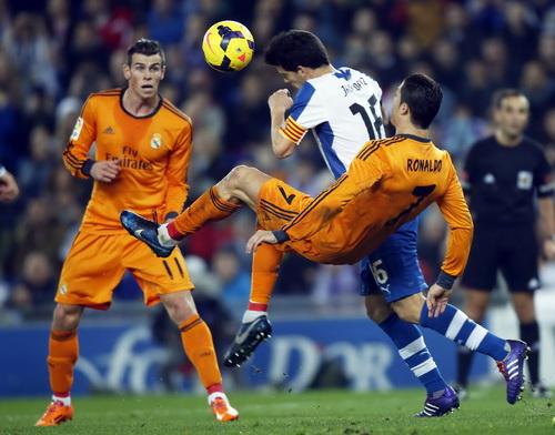 Gareth Bale và Ronaldo không để lại ấn tượng gì ở trận cầu này