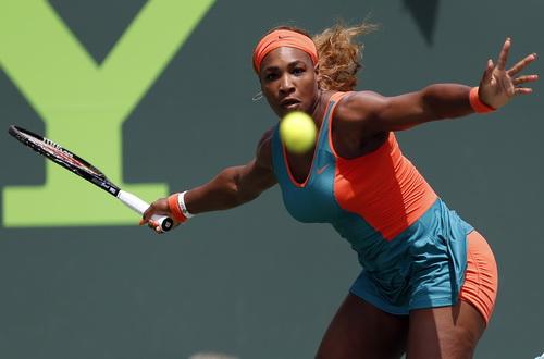 Serena Williams bất ngờ thất bại ở Family Circle Cup