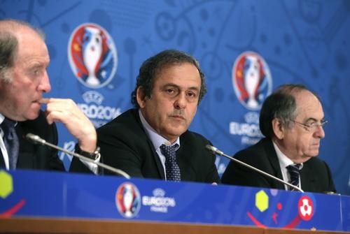 UEFA không có ý định trừng phạt nặng các CLB vi phạm FFP