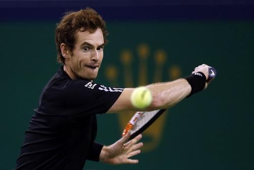 Andy Murray tiến sát ngôi vô địch ATP Valencia