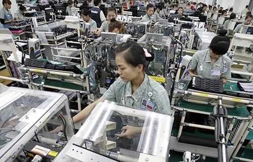 Nhà máy sản xuất điện thoại Samsung tại Bắc Ninh. Hiện Samsung đang dẫn đầu về đầu tư tại Việt Nam Ảnh: N.A