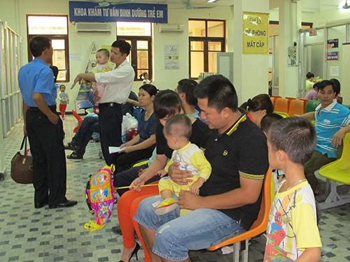 """Nhiều trẻ dù được nuôi dưỡng đúng cách nhưng chiều cao vẫn """"giậm chân tại chỗ"""""""