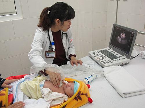 Siêu âm tim là một trong những phương pháp hiệu quả để phát hiện sớm bệnh tim bẩm sinh