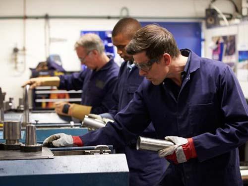 Lao động tay chân hơn 55 giờ/tuần dễ bị đái tháo đường type 2Ảnh: MNT