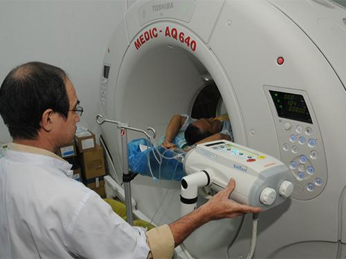 Nhức đầu có thể do rất nhiều nguyên nhân khác nhau, cần được thầy thuốc xác định để điều trị đúng bài bảnẢnh: Hồng Thúy
