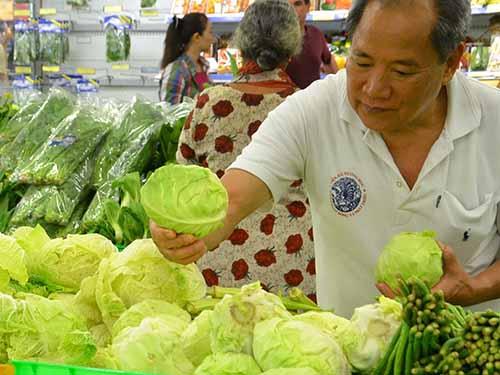 Một chế độ ăn giàu các loại rau xanh họ cải sẽ làm giảm nguy cơ ung thưẢnh: Tấn Thạnh