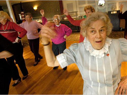 Khiêu vũ giúp giảm đau khớp, cải thiện dáng đi Ảnh: The New York Times