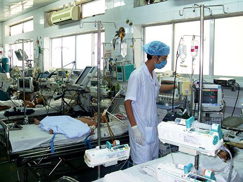 Chăm sóc trẻ mắc bệnh nhiễm tại Bệnh viện Nhi Đồng 1