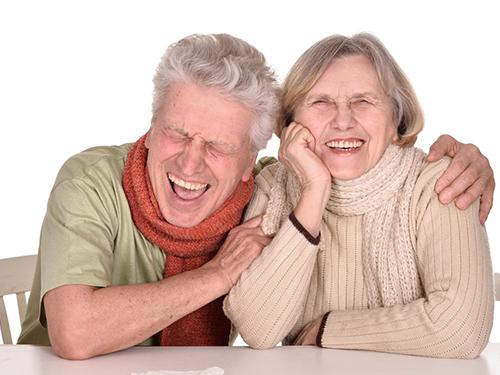 Cười làm giảm những tổn hại của hormone gây stress cortisol và tăng cường trí nhớ ở người già Ảnh: Discover