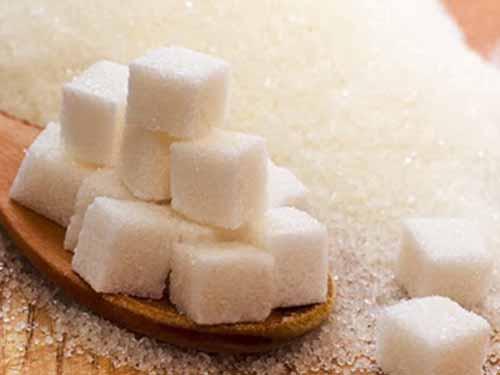 Người dùng nhiều đường có nguy cơ cao huyết áp mạn tính hơn gấp đôi so với người ít dùng đường Ảnh: NESCA NEWS
