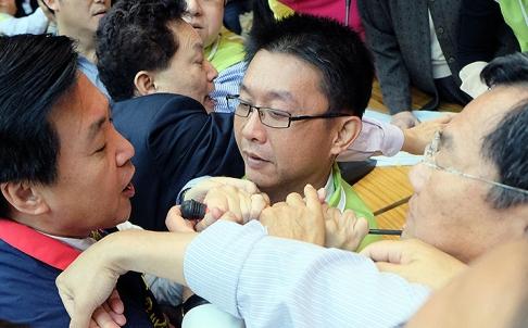 Cuộc hỗn chiến của các nhà lập pháp Đài Loan