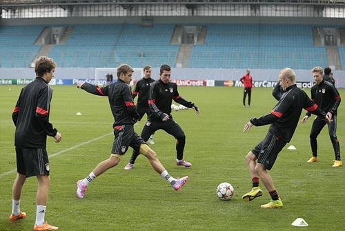 Bayern trên sân tập Khimski