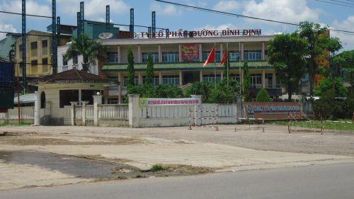 Nhà máy đường Bình Định lãi nhiều nhưng vẫn dây dưa trả nợ nông dân