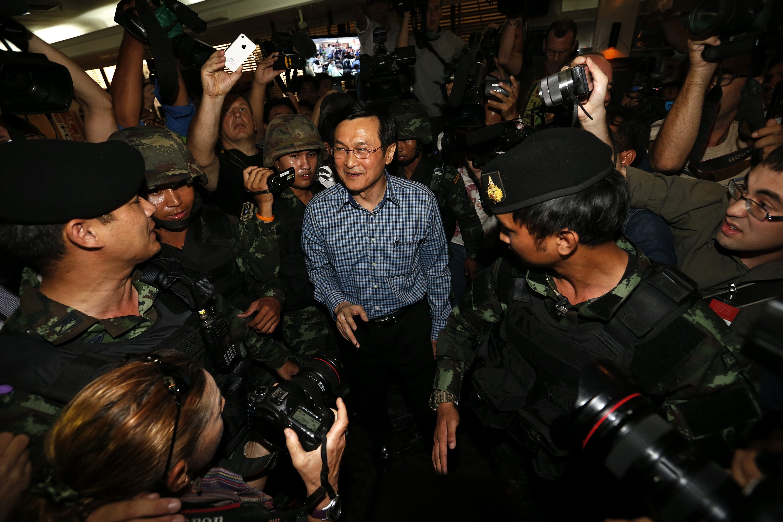 Cựu Bộ trưởng Giáo dục Chaturon Chaisang. Ảnh: Reuters