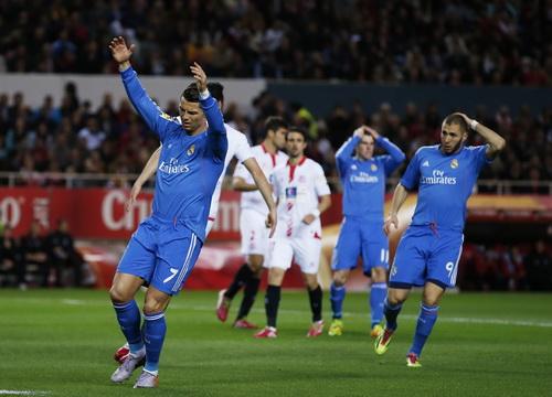 Ronaldo có bàn mở tỉ số nhưng bỏ lỡ nhiều cơ hội trong trận