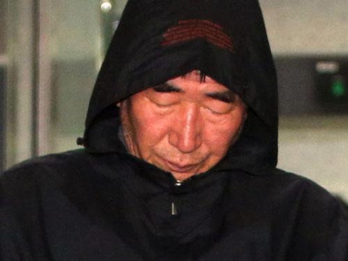 Thuyền trưởng Lee Joon-seok đối mặt bản án chung thân vì tội giết người Ảnh: AP