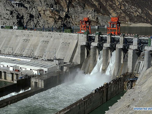 Các tổ máy phát điện đầu tiên của trạm thủy điện Zangmu đi vào hoạt động hôm 23-11Ảnh: CHINA NEWS