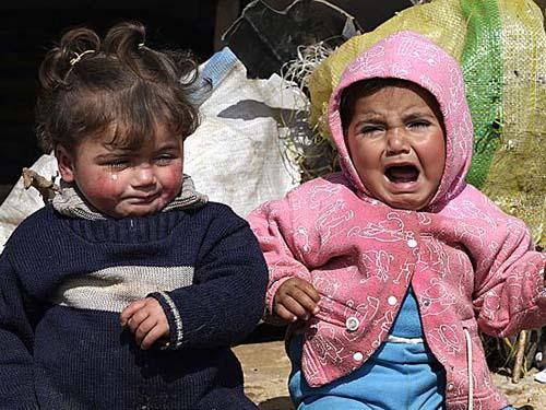 Trẻ em Syria tại một trại tị nạn ở tỉnh Idlib Ảnh: AP