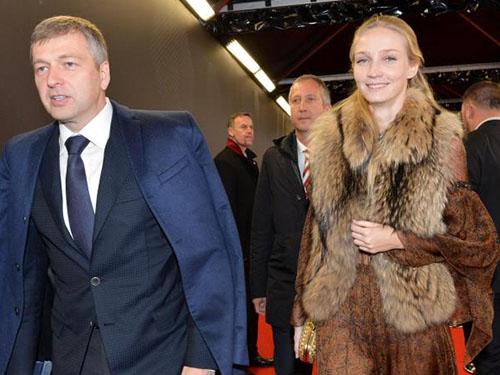 Ông Dmitry Rybolovleva chịu mất hơn phân nửa tài sản để chia tay bà Yelena RybolovlevaẢnh: Cordon Press