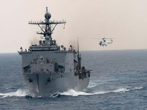 Tàu USS GermantownẢnh: Subic Times