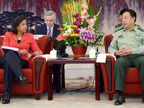Cố vấn an ninh Mỹ Susan Rice gặp Phó chủ tịch Quân ủy Trung ương Trung Quốc Phạm Trường Long hôm 9-9 ở Bắc Kinh Ảnh: AP