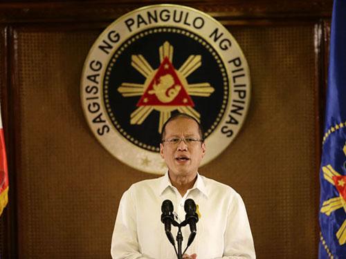 Tổng thống Philippines Benigno Aquino lo ngại về 2 tàu Trung Quốc ở bãi Cỏ Rong Ảnh: AP