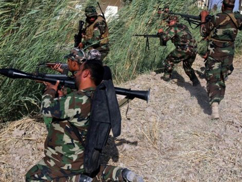 Nhóm vũ trang Shiite xuất hiện trên mặt trận chống ISẢnh: EPA