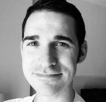 Bác sĩ Craig Spencer Ảnh: Linkedin
