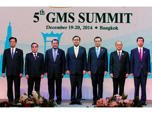 Thủ tướng Nguyễn Tấn Dũng (bìa trái) cùng lãnh đạo các nước tiểu vùng Mekong tại hội nghị Ảnh: Báo điện tử chính phủ