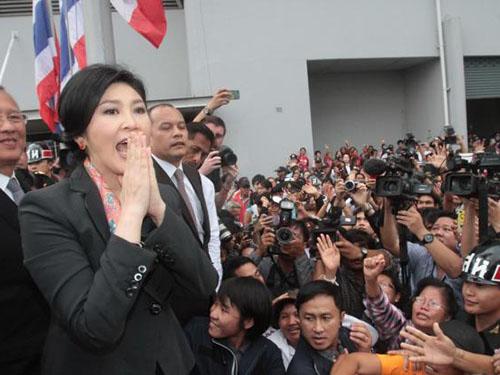 Sau khi bị phế truất, bà Yingluck đối mặt nguy cơ bị cấm hoạt động chính trị Ảnh: THE NATION