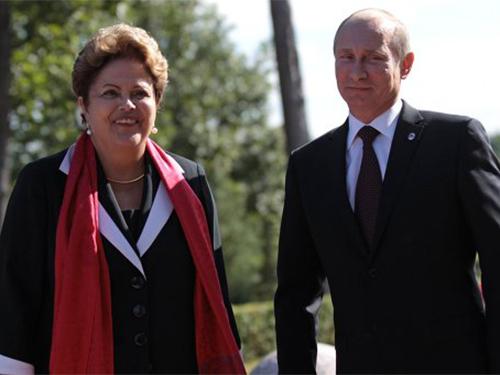 Tổng thống Nga Vladimir Putin và Tổng thống Brazil Dilma Rousseff Ảnh: RIA NOVOSTI