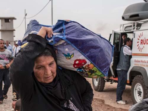 Người dân Iraq rời bỏ thành phố MosulẢnh: CNN