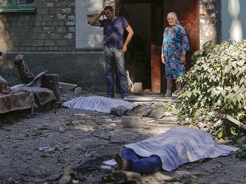 Có 6 thường dân thiệt mạng ở Donetsk trong vòng 1 ngày đêm vừa qua Ảnh: REUTERS