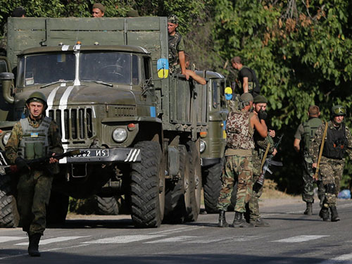 Kiev sẽ thay đổi hình thức của chiến dịch đặc biệt ở miền Đông UkraineẢnh: AP