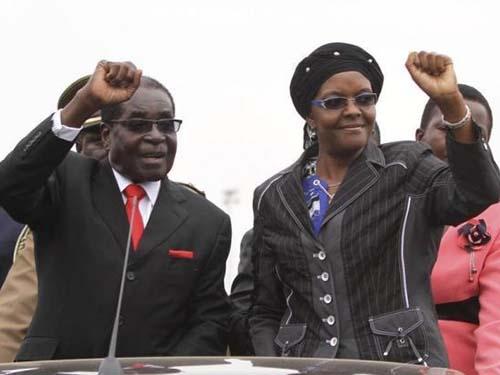 Vợ chồng Tổng thống Zimbabwe Robert Mugabe Ảnh: REUTERS