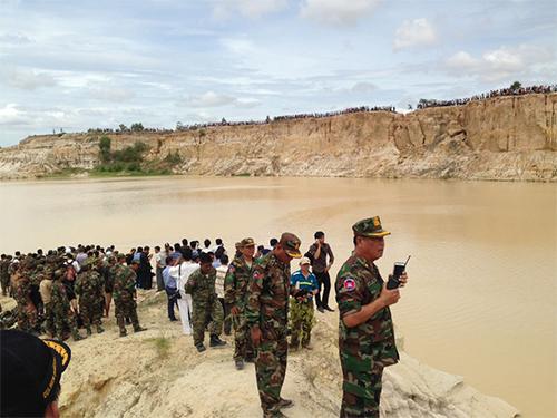 Hiện trường vụ rơi trực thăngẢnh: The Cambodia Daily